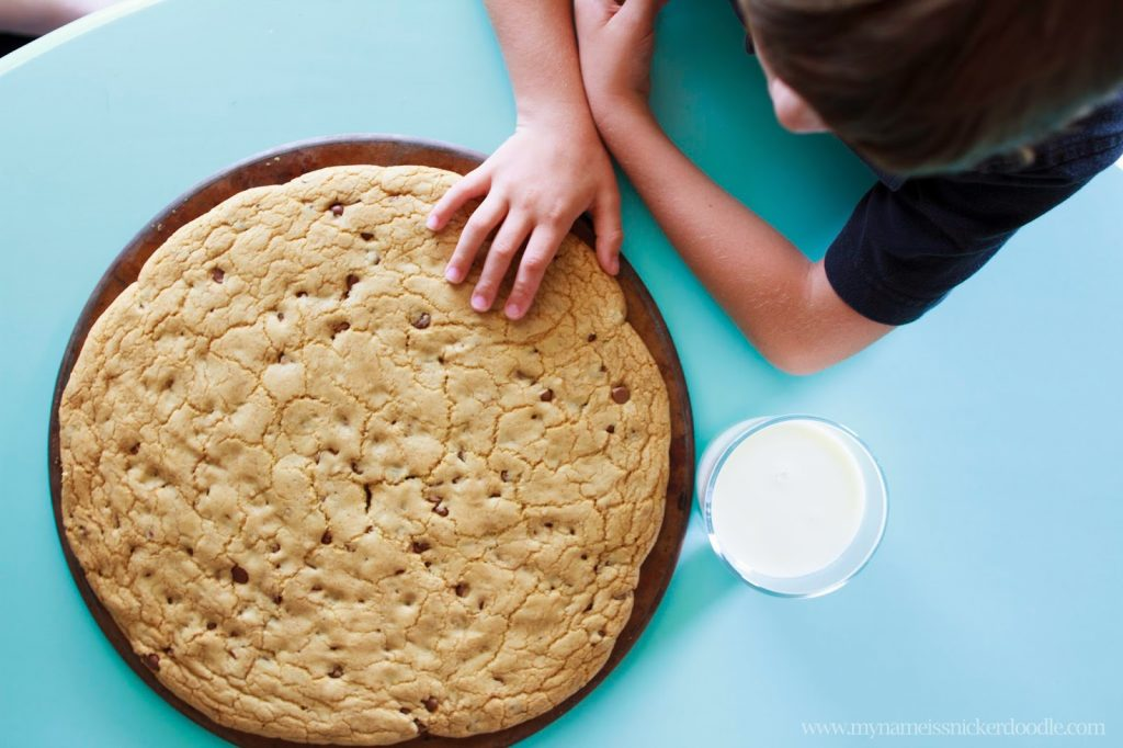 What kid doesn't love a GIANT chocolate chip cookie?  You can easily make one at home with this recipe.  |  My name Is Snickerdoodle