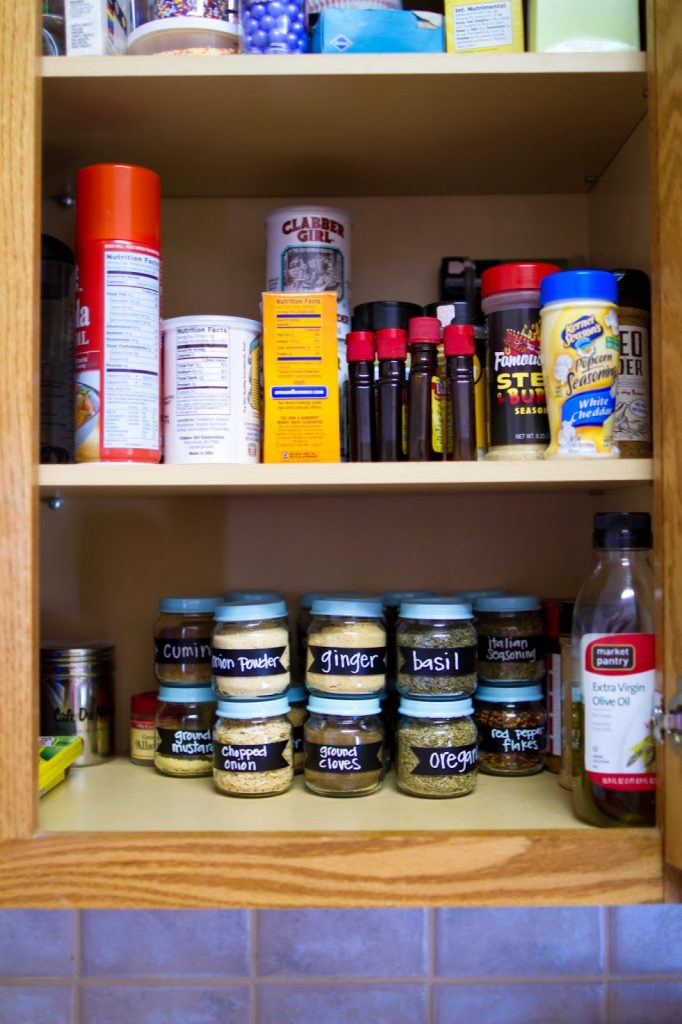 Use baby food jars and chalkboard label stickers to help organize your spices!  Find the how to at My Name Is Snickerdoodle