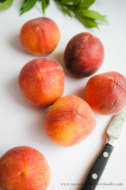 Here is a simple method to peel peaches within minutes! | mynameissnickerdoodle.com