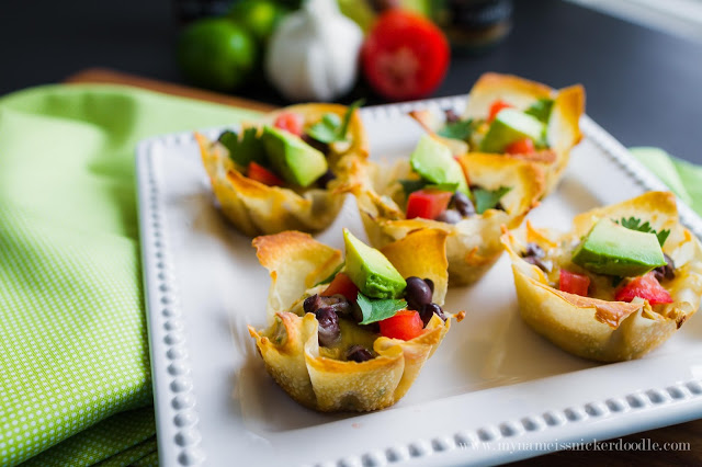 Make this Green Chili Chicken Enchilada Cups recipe for a party, BBQ or main course! They will be gone is seconds! | mynameissnickerdoodle.com