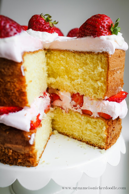 Serve this stunning Strawberry Lemonade Cake at your next party and wow your guests!  It will look gorgeous on your dessert table!  |  mynameissnickerdoodle.com