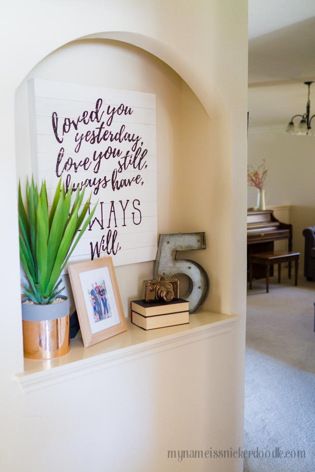 5 easy tips on How To Decorate A Small Space and decorating trends for 2017!  |  mynameissnickerdoodle.com