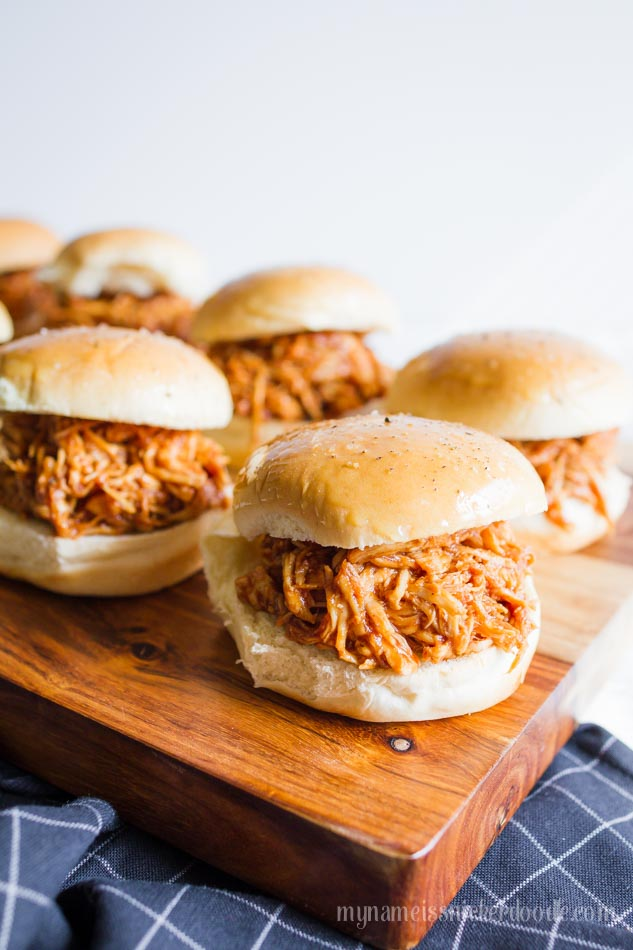 BBQ Chicken Sliders mad in the Instant Pot!  This recipe is super easy and cooked in 15 minutes!  |  www.mynameissnickerdoodle.com
