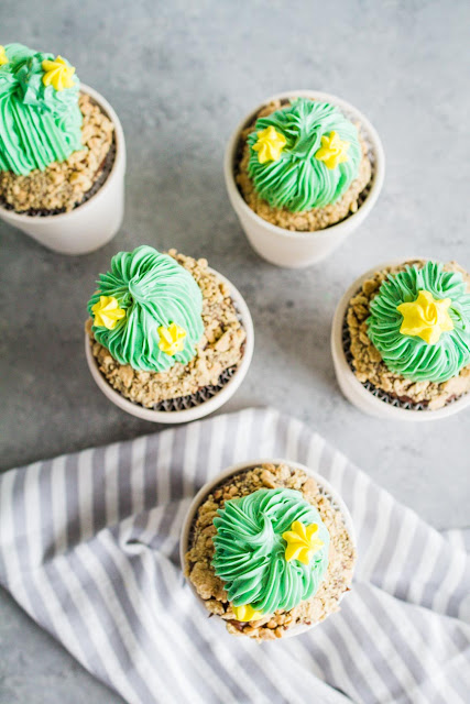 How to make Cactus Cupcakes | mynameissnickerdoodle.com